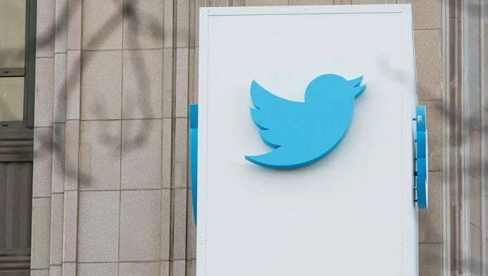 "twitter officially introduces threads feature - ميزة ""Threads"" رسميا لدى تويتر"